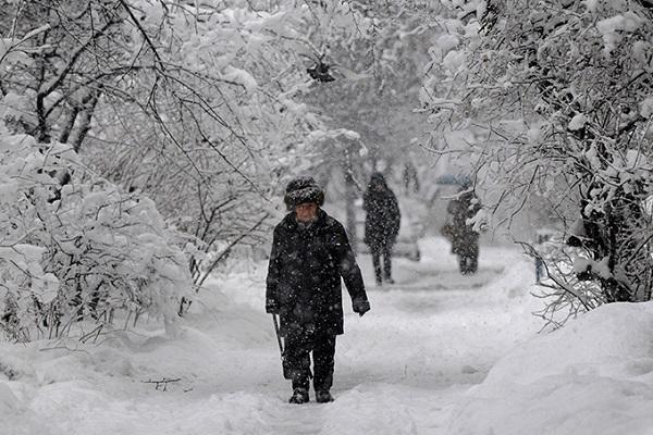 На столицу движется снежная буря— Штормовое предупреждение