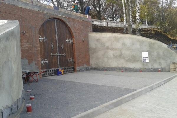 ВЧебоксарах построили ворота встарый город