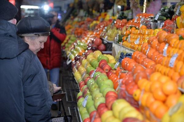 Оборот розничной торговли в Российской Федерации в 2016 уменьшился на5,2%