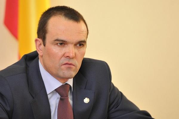 Власти Псковской области переплатили 250 млн руб. залекарства