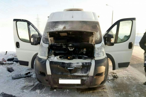 Натрассе «Вятка» вЧувашии загорелось маршрутное такси