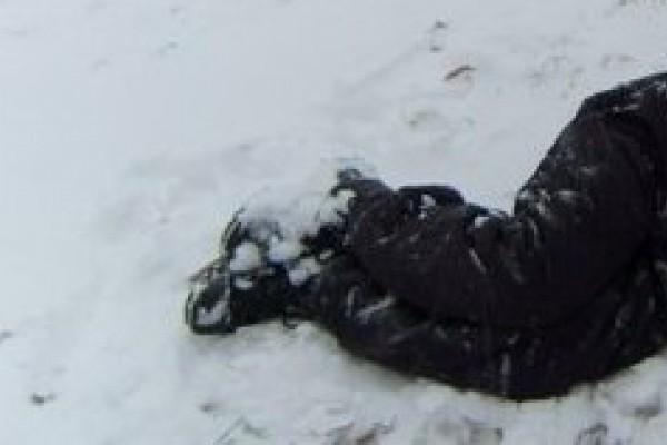 ВЧебоксарах около торгового центра насмерть замерз мужчина