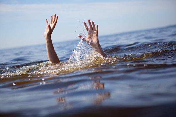 На основном береге утонула 15-летняя девочка