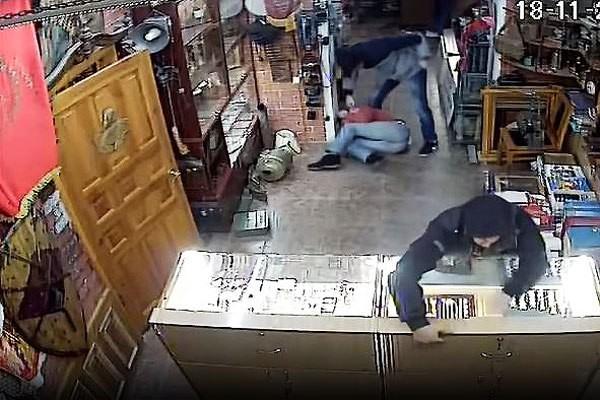 ВЧебоксарах осуждены двое мужчин, совершивших ограбление ломбарда