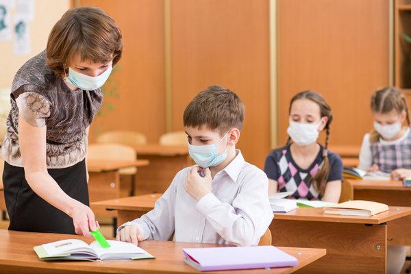Практически 100 классов закрыли накарантин вшколах Калужской области