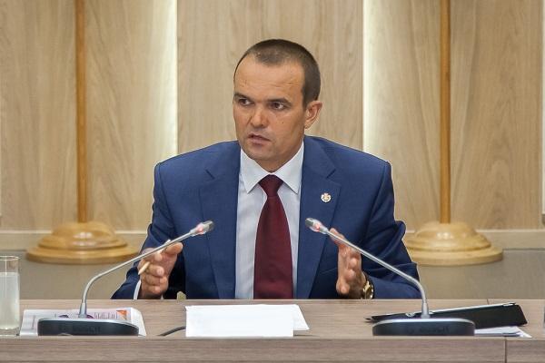 Александр Дрозденко демонстрирует рост врейтинге эффективности губернаторов