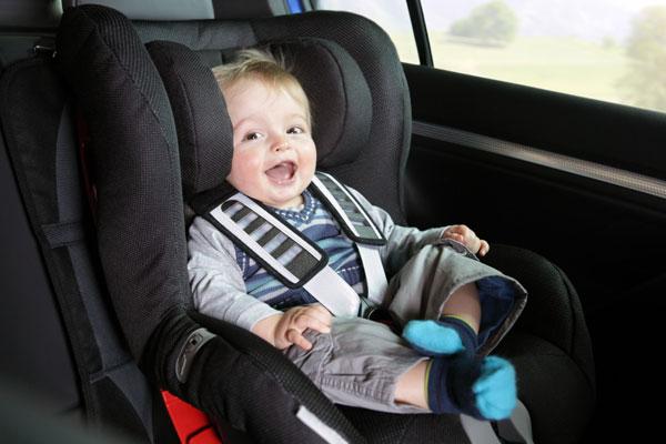 Госавтоинспекция Чувашии оштрафовала 38 водителей за транспортировку детей без автокресел