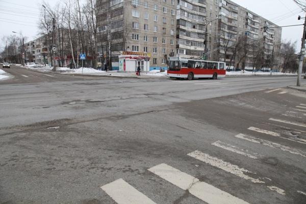 Учебоксарцев спросят, какие дороги нужно отремонтировать перво наперво