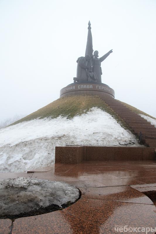 Монументу Матери-Покровительницы во время паводка ничего не угрожает, фото-3